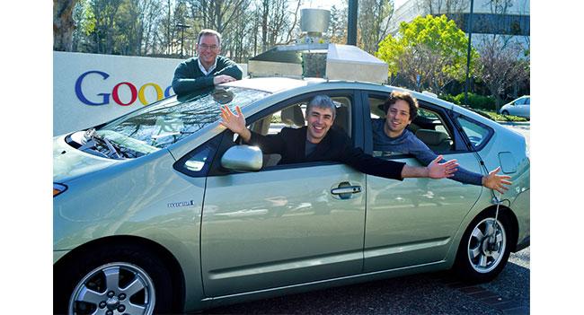 Google планирует закончить разработку технологии самоуправляемого автомобиля через 3-5 лет