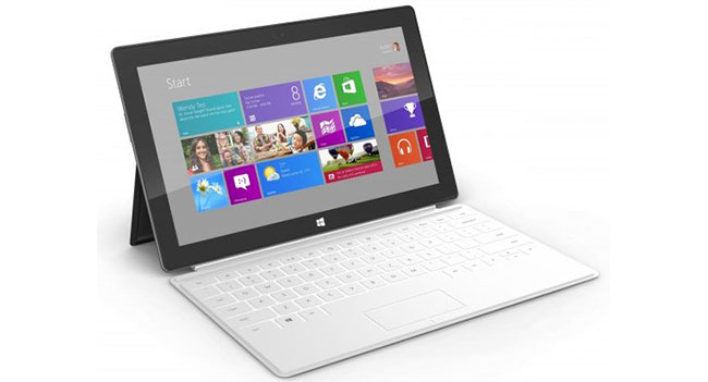 02_Surface_with_Touch_Cover_Left-640x360