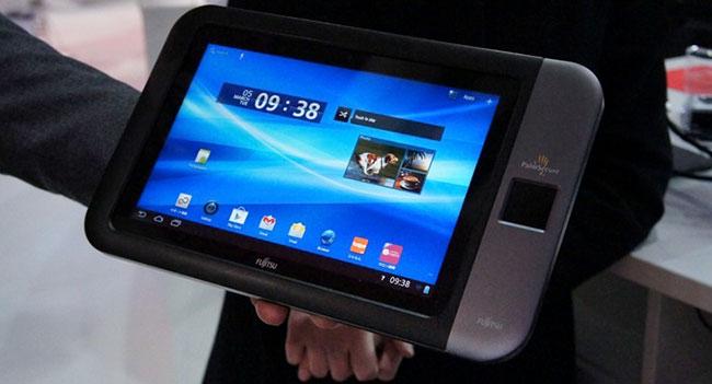 Fujitsu показала прототип планшета с интегрированным сканером ладони