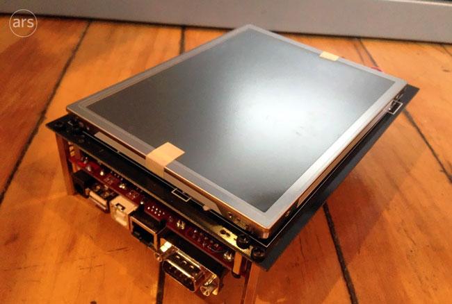 Один из первых прототипов iPhone больше похож на планшет, чем на смартфон