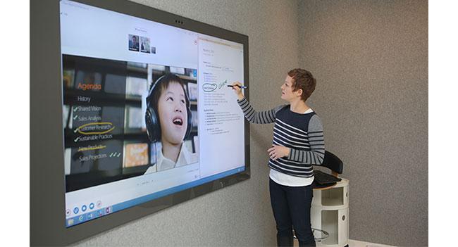 Microsoft планирует интегрировать Kinect в телевизоры и ноутбуки