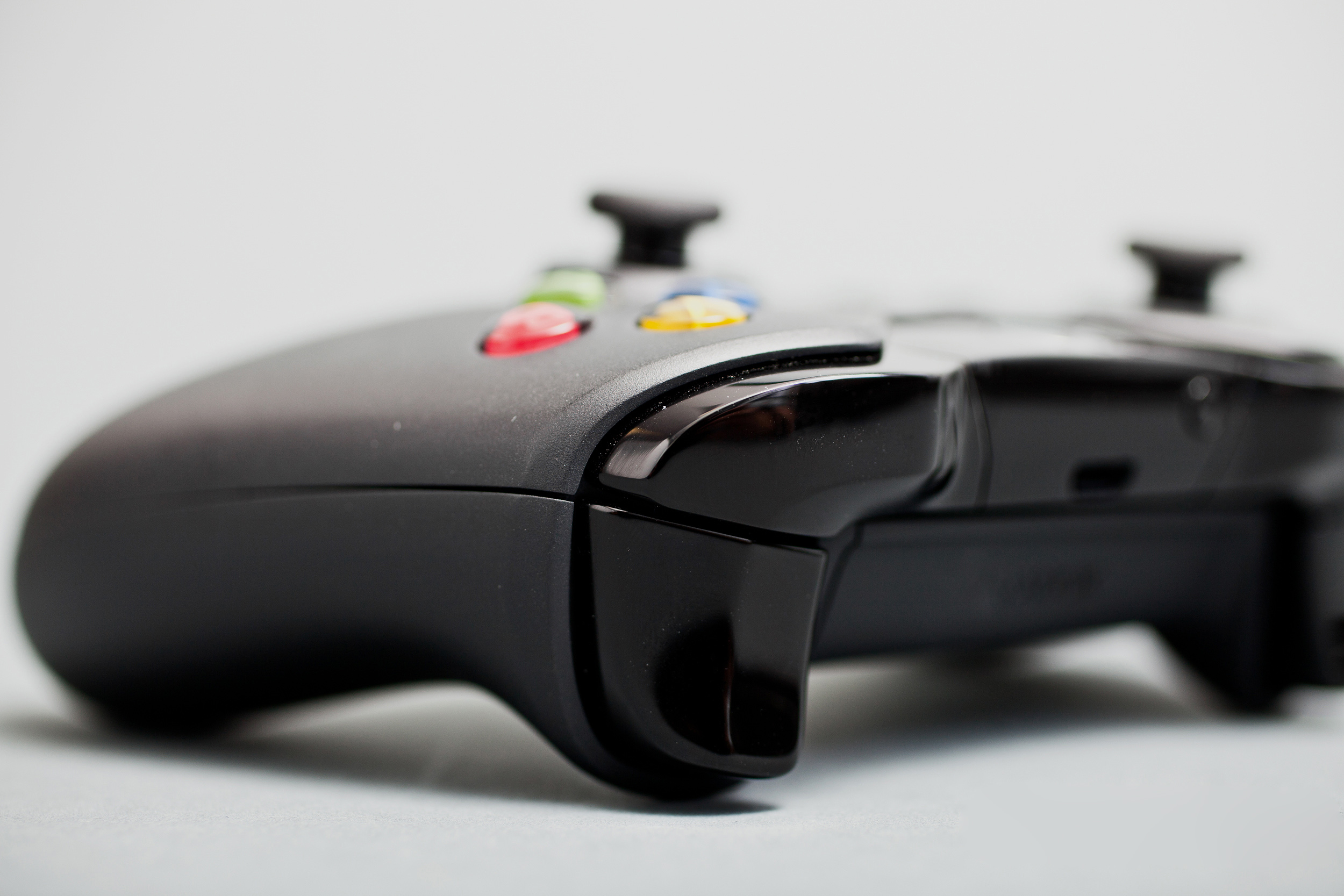 Xbox One будет поддерживать одновременно 8 контроллеров