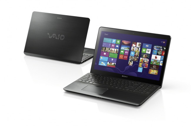 13Summer_VAIO_Fit_15_touch_front-and-back_startscreen_B