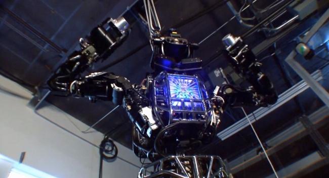 Человекоподобный робот ATLAS предназначен для соревнований