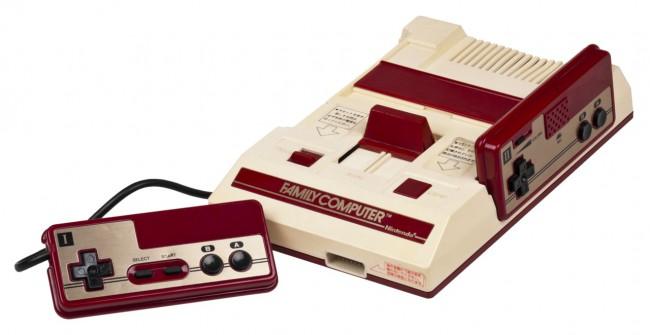 Игровая консоль Famicom (1983 год)