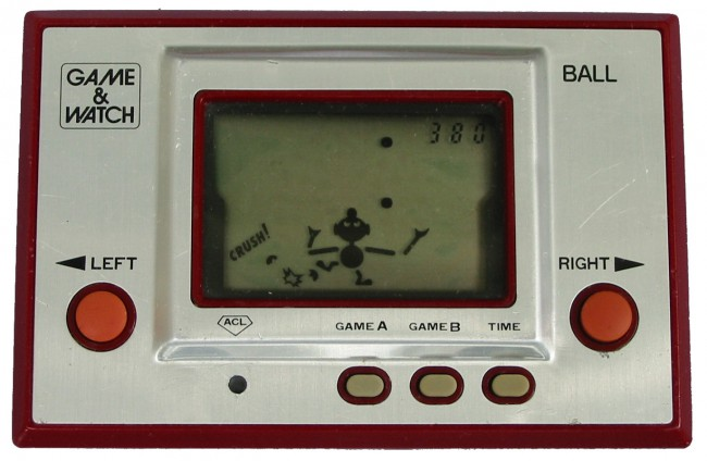 Электронная игра Game & Watch Ball (1980 год)