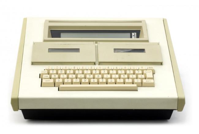MCM/70 Мерса Кутта отличался встроенным магнитофоном и клавиатурой из 51 клавиш