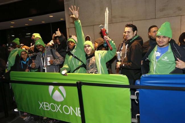 Microsoft: общие продажи Xbox One превысили 2 млн единиц