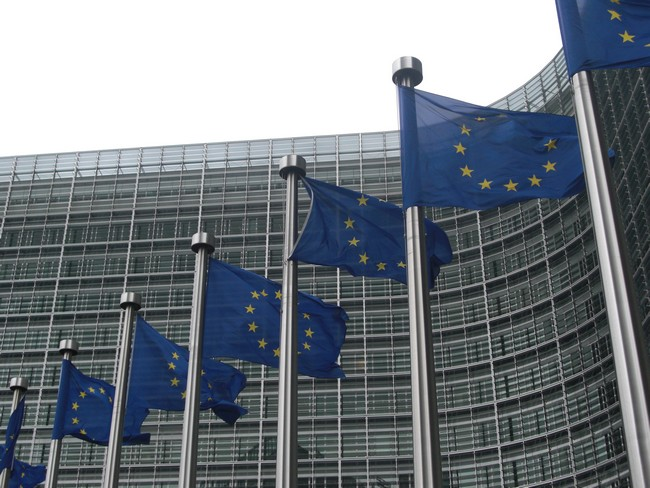 European Commission raided the offices of Samsung, Philips and Media-Saturn