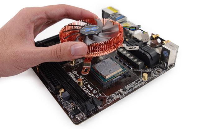 Специалисты iFixit разобрали игровую консоль Valve Steam Machine