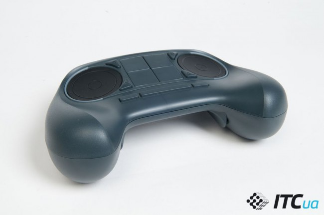 Steam_Machine_controller_view_4