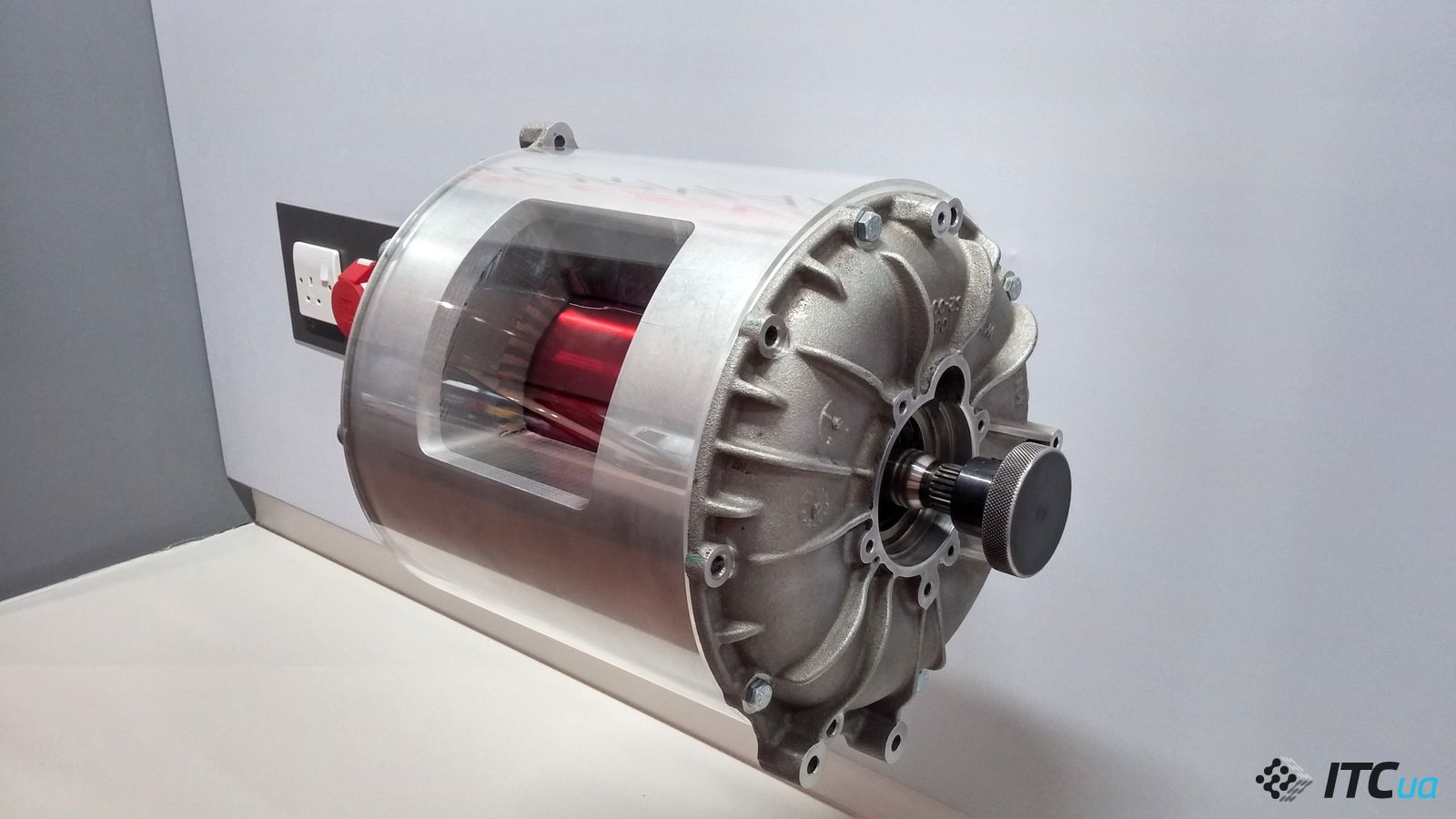 электромотор tesla model s