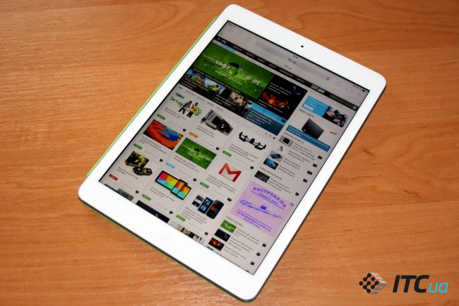 Apple_iPad_Air_InUse (23)