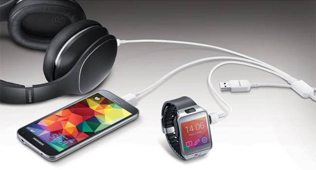 Samsung выпустила USB-кабель для одновременной зарядки трех устройств