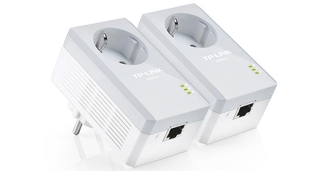 TP-LINK представила в Украине сетевой адаптер TL-PA4010P стандарта AV500 со встроенной розеткой