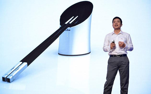 Baidu анонсировала умные устройства: гарнитуру и палочки для еды