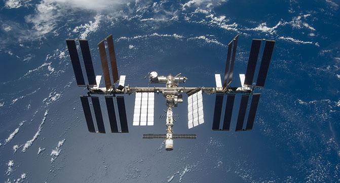 NASA привлекла Boeing и SpaceX к созданию космического корабля для отправки астронавтов на МКС