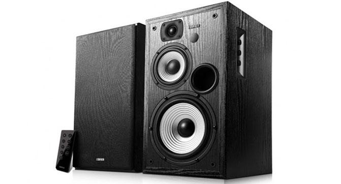 Edifier выпустила 3-полосную акустическую систему Studio R2730DB