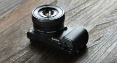 Sony объявила о начале продаж в Украине беззеркальной камеры α5100 формата APS-C