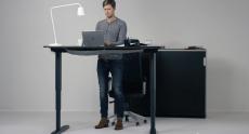 IKEA BEKANT – стол-трансформер с регулируемой электроприводом высотой