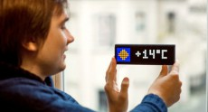 Foxconn займется производством украинского умного светодиодного дисплея LaMetric