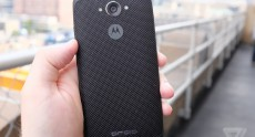 Motorola Droid Turbo Hands-On (2)