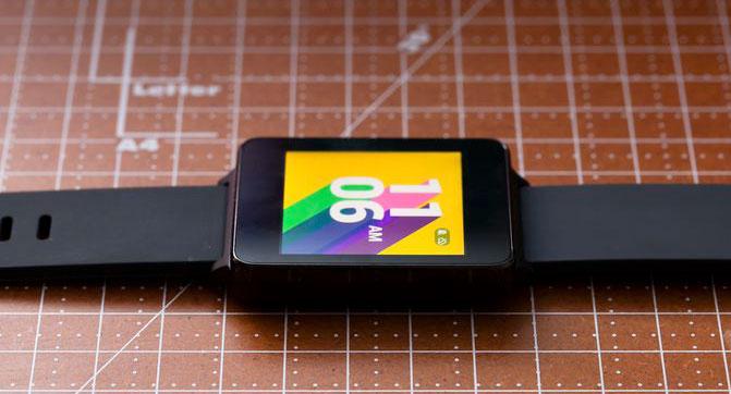 К «Черной пятнице» Google существенно снизила цену умных часов LG G Watch в Play Store