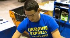 Ukraine Express заменила свои складские сканеры очками Google Glass