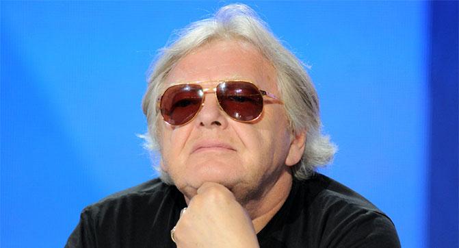 Певец Юрий Антонов хочет получить от iTunes компенсацию на незаконную продажу его песен