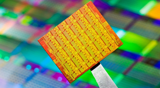 silicon-wafer-22nm-intel