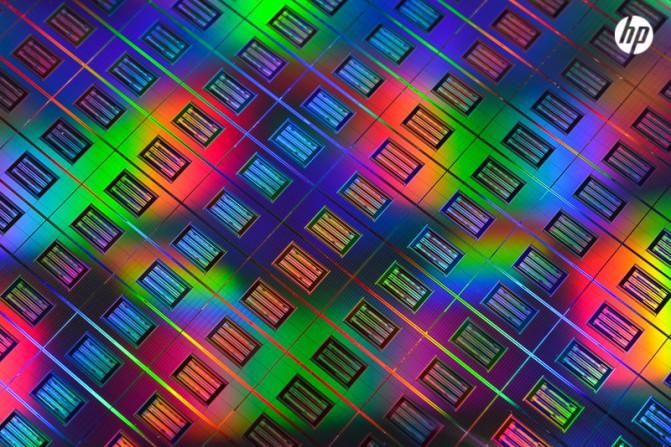 Абсолютно новая ОС для революционного компьютера HP Machine выйдет уже в 2015 году