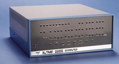 Эд Робертс и его Altair 8800: к юбилею первого домашнего компьютера