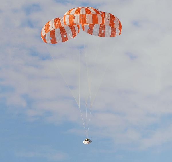 nasa-orion-parachute