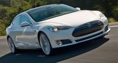 Tesla Motors запустит пилотный проект по замене батарейного блока электромобиля Model S