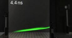 Траекторию движения лазерного импульса впервые засняли на камеру