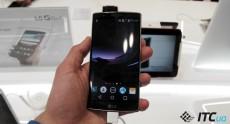 Первый взгляд на изогнутый смартфон LG G Flex 2
