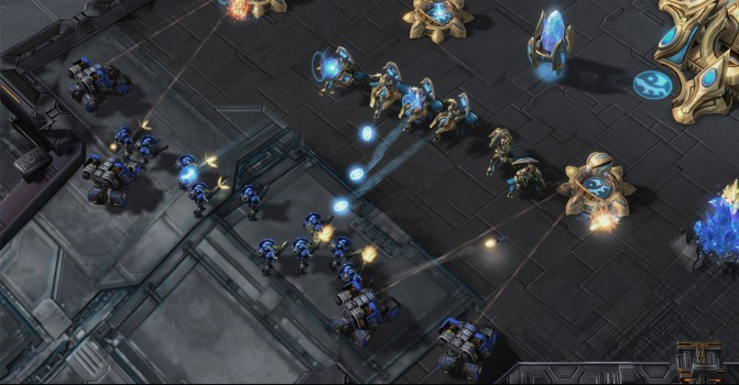 StarCraft_II_LotV_GDC_CB_Preview_Adepts_Defending.0