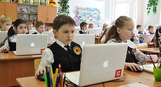 Информатику в школах могут заменить уроками программирования