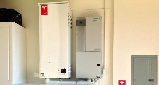 Стали известны подробности о домашних батареях Tesla