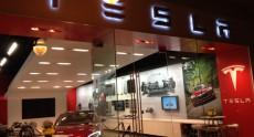 Разработка «народного» электромобиля Tesla Model III идет с отставанием от графика