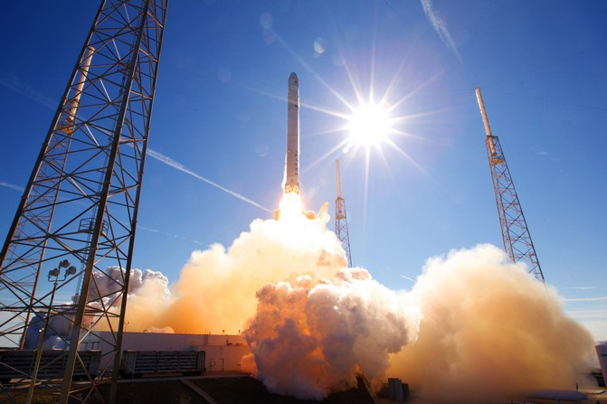 SpaceX Falcon 9 FLT-002 101208
