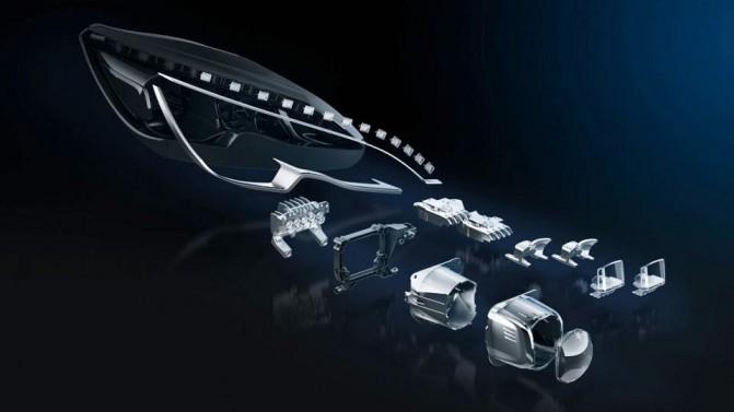 Каждая LED-фара – это сложная и многослойная конструкция из 31 светодиода.