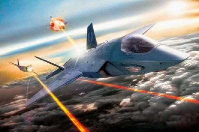 США продемонстрирует истребитель с лазерным оружием в 2022 году