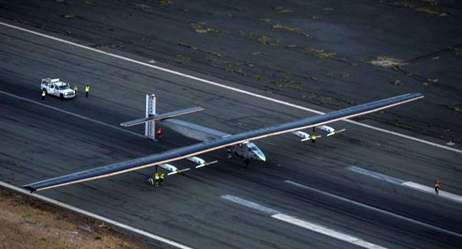 Самолёт на солнечных батареях Solar Impulse 2 успешно перелетел Тихий океан
