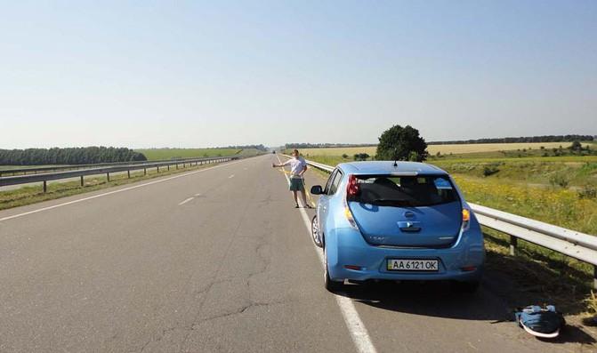 511 км от Киева до Одессы на электромобиле удалось проехать за один день, но не без трудностей
