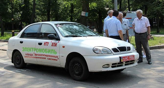 ХПИ представил первый в Украине электромобиль с суперконденсаторной батареей
