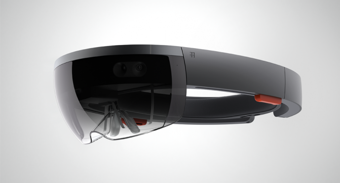 Первая версия Microsoft HoloLens для разработчиков появится в 2016 году