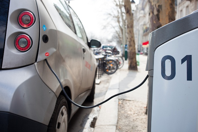 electric-car-charge-russia-oil