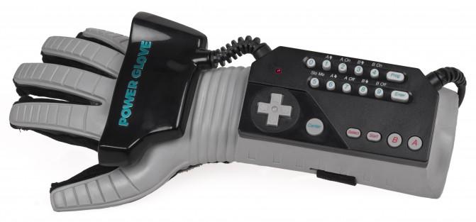 Nintendo Power Glove и её фирменный контроллер