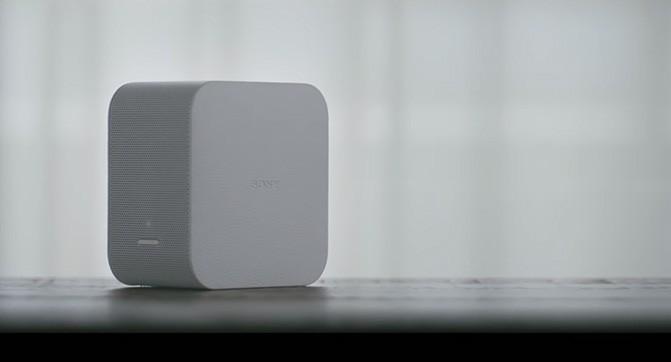 Sony анонсировала компактный домашний проектор и Bluetooth-динамик с подсветкой